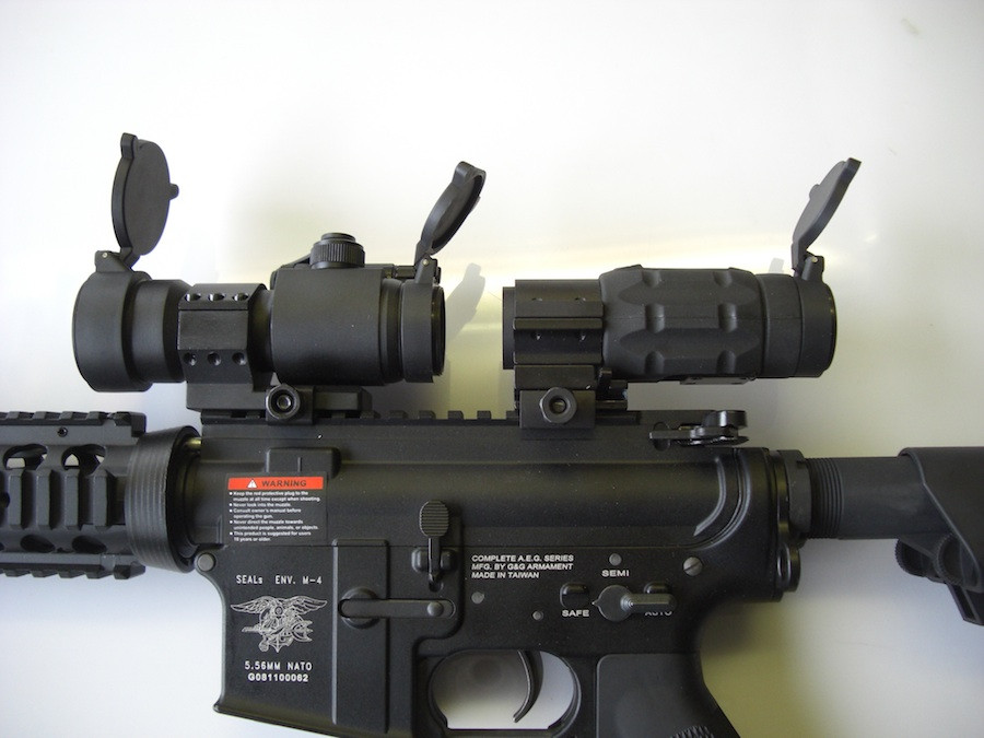 Point&Aim styled 3x Magnifier