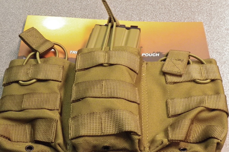 Pro Force Triple quick release M4 mag pouch - Tan