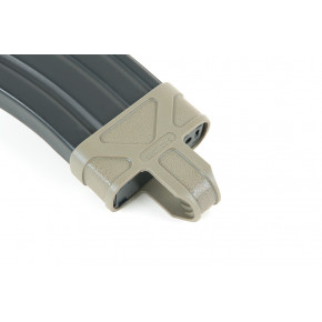 Element M4 / M16 Rubber Mag Pull (Foliage Green)