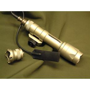 Element M600C LED weapon light / flash light- Tan
